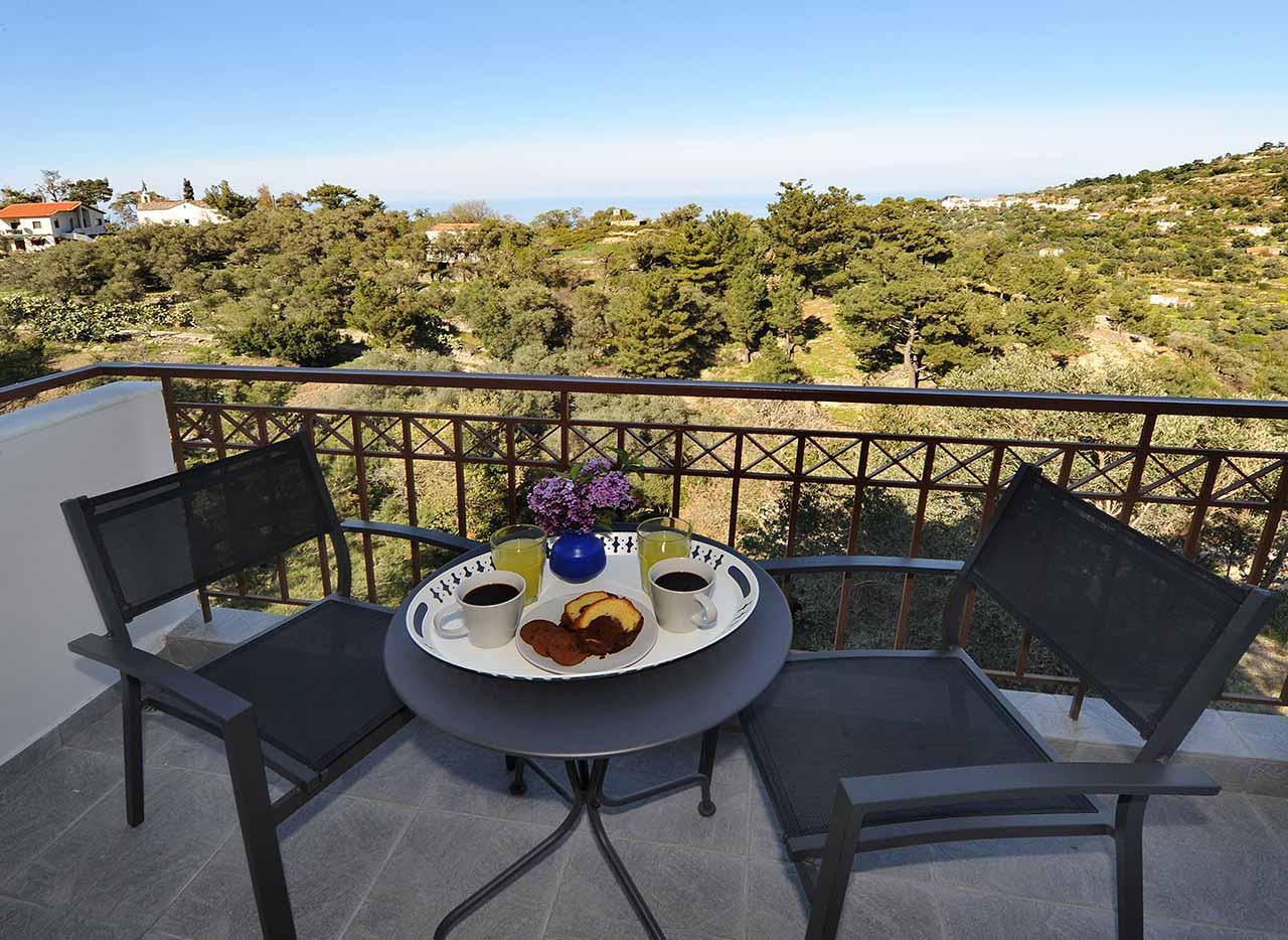 ικαρία olivia villas βίλα λιοστάσι μπαλκόνι
