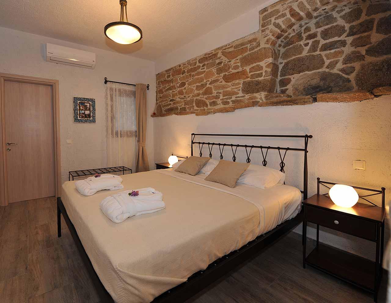 ikaria olivia villas - villa petrino bedroom image